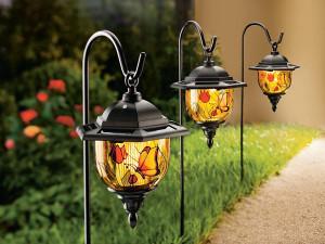 lampu taman untuk pencahayaan luar rumah