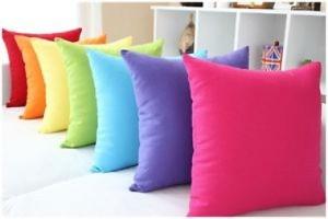 bantal kursi warna-warni