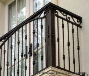 railing balkon besi cor