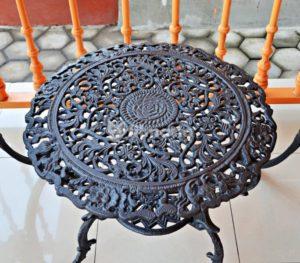 detail meja aquila set meja kursi cast iron