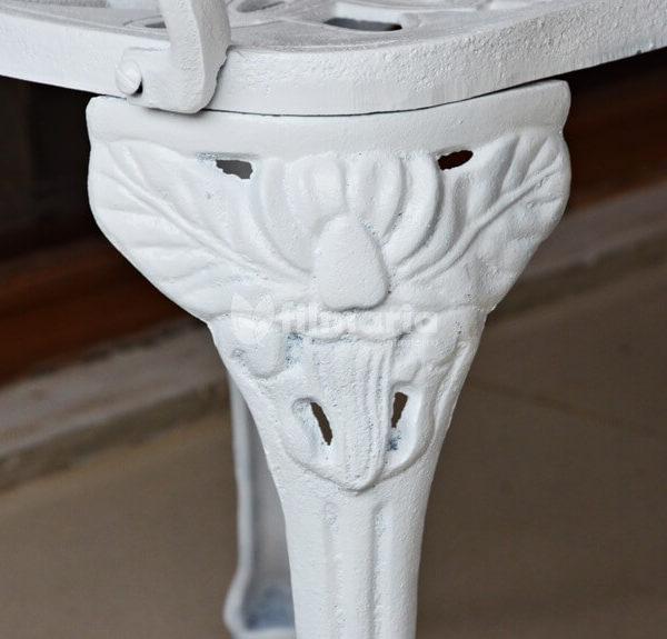 Detail ornamen kaki kursi corvus set meja kursi cast iron
