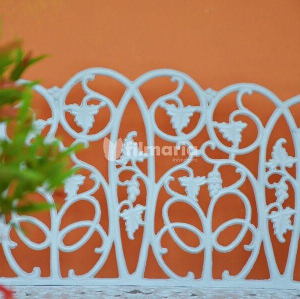 detail sandaran caelum kursi taman cast iron